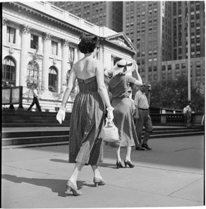 Fashionable woman in New York City, 1949 (1)