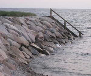 Source:http://climate.buzzardsbay.org/king-tide-photos.html